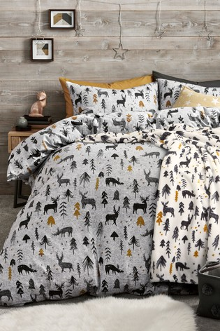 Best Christmas bedding. Next nature scene.