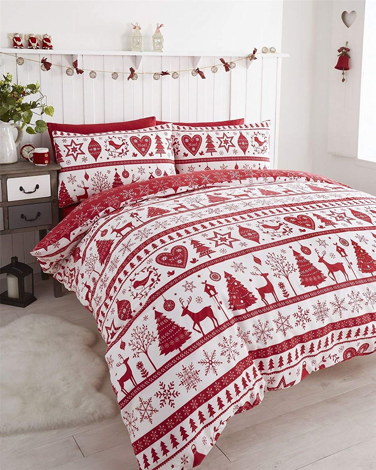 Best Christmas bedding. Nordic set from Amazon.