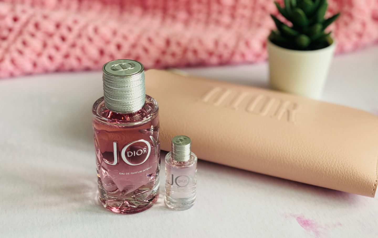 A heartfelt open letter to my mam for Mother's Day that I just know is going to make her cry! All about the scents that remind me of my mam and the memories that they invoke in collaboration with Boots 'Love Notes' Mother's Day campaign.