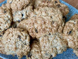 Dairy free cinnamon and raisin oatmeal cookies - golden brown