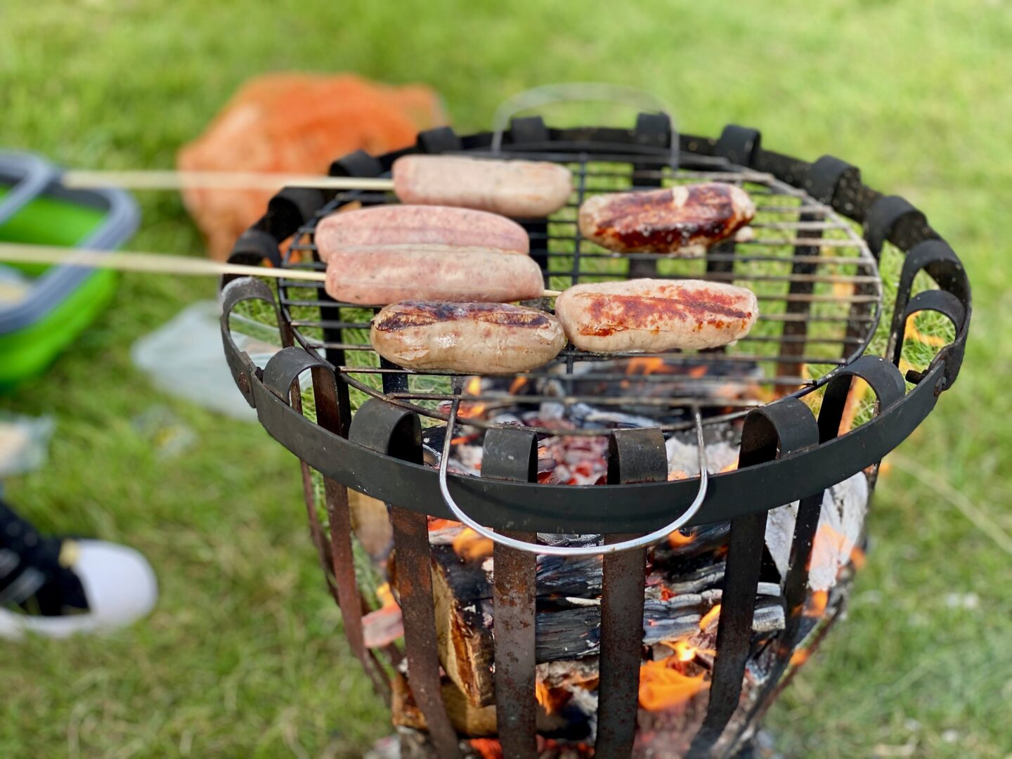 Sausages on a fire pit